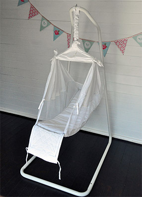 open amby baby hammock benefits of using a baby hammock   why use a baby hammock   rh   amby co uk